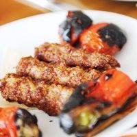 8/15/2013 tarihinde Çulcuoğlu Restaurantziyaretçi tarafından Çulcuoğlu Restaurant'de çekilen fotoğraf