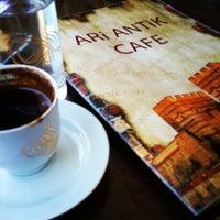 9/11/2013 tarihinde ßetül ß.ziyaretçi tarafından Ari Antik Nargile Cafe'de çekilen fotoğraf