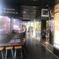 Foto scattata a Caffe e Cucina da Alan C. il 11/9/2017
