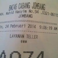 Photo taken at Bank BNI Cabang Jombang by Khalif A. on 2/24/2014