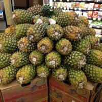Foto tomada en Whole Foods Market por Dr. E.N. S. el 1/31/2013