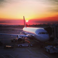 Photo taken at Phoenix Sky Harbor International Airport (PHX) by Henry D V. on 6/28/2013