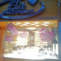 9/27/2014 tarihinde MurAtziyaretçi tarafından Elit Mücevherat'de çekilen fotoğraf