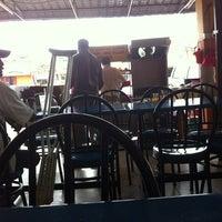 Photo taken at Fizza Cafe by Hilmi H. on 10/7/2012