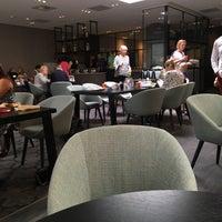 Photo taken at Bilderberg Hotel De Keizerskroon by Sir John D. on 8/5/2017