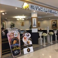 Photo taken at Southern Coffee by SABAIWONG19 on 12/17/2017