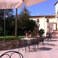 Foto scattata a Villa Cheli da Inni I. il 6/20/2013