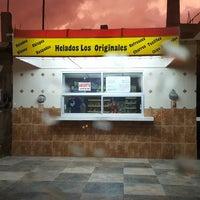 Photo taken at Helados Los Originales by Ramses R. on 7/14/2017