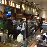 Photo taken at Starbucks by Hec T. on 3/27/2013