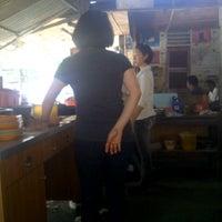 Photo taken at Mie Balap Jalan Darat by cha cha m. on 3/7/2013