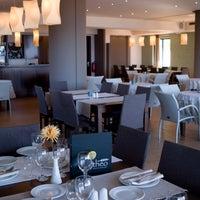Photo prise au Theodosi Restaurant par Theodosi Restaurant le11/17/2013