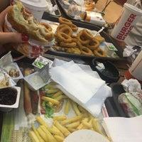 8/23/2018 tarihinde Merve T.ziyaretçi tarafından Burger King'de çekilen fotoğraf