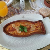 Photo taken at Camlıca restaurant by Mehmet Ç. on 5/18/2013