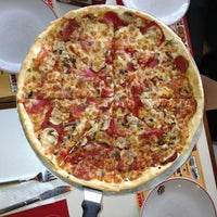 Photo taken at Pizza Hut by Burçin G. on 2/23/2013