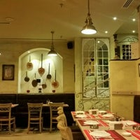 Снимок сделан в Pizzeria Napoletana пользователем Leo S. 11/14/2015