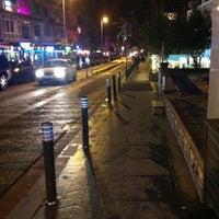 2/10/2013 tarihinde Enes T.ziyaretçi tarafından Caddebostan Barlar Sokağı'de çekilen fotoğraf