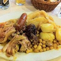 Photo taken at Restaurant La Huerta by Leonardo R. on 9/27/2012