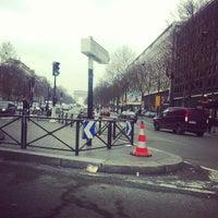 Photo taken at Le Congrès Maillot by Alex Ferrari on 2/26/2013