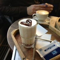 Foto tomada en OR Espresso Bar por Elke D. el 2/2/2013