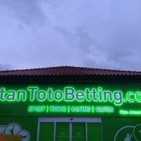 Photo taken at StanToto Betting Girnekapısı by Asim C. on 2/27/2014