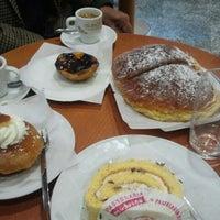 Photo taken at Pastelaria Moderna by libelinha on 3/31/2013