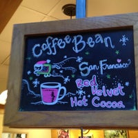 Photo taken at The Coffee Bean & Tea Leaf by Daniel M. on 1/23/2013