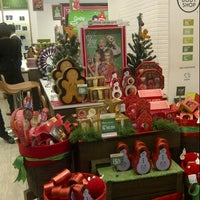 Photo taken at The Body Shop by Ming A. on 12/10/2013
