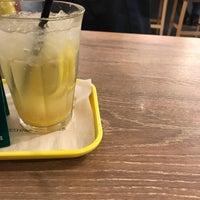 Photo taken at Freshness Burger by りょーすけ on 12/7/2017