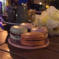 Foto scattata a Chez Dodo - Artisan Macarons & Café da Renáta d. il 4/13/2018