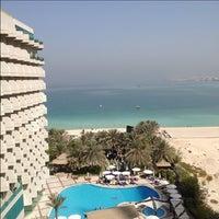 5/12/2013 tarihinde Jamal A.ziyaretçi tarafından Hilton Dubai Jumeirah'de çekilen fotoğraf