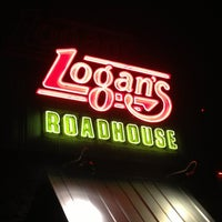 Photo taken at Logan's Roadhouse by Julie S. on 4/4/2013