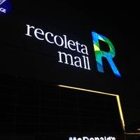 Foto tirada no(a) Recoleta Mall por Tomas M. em 5/12/2013