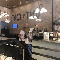 Foto scattata a Taco y Taco Mexican Eatery da RUDY M. il 7/3/2017