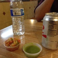 Photo taken at Taqueria La Alteña by Oscar E. on 4/13/2014