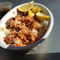 Das Foto wurde bei Chipotle Mexican Grill von Lloyd R. am 2/17/2013 aufgenommen