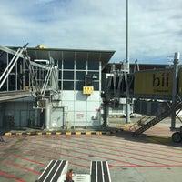 Photo taken at Gate A8 by audea9man on 2/28/2016