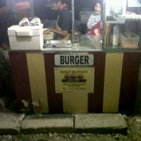 Photo taken at Maly Burger by ★ cℑ ★ on 4/16/2013