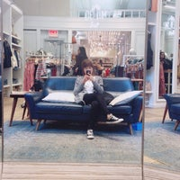 Photo taken at Madewell by Selene M. on 4/26/2017