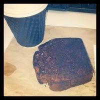 3/11/2013 tarihinde Simon D.ziyaretçi tarafından Bucket Cafe'de çekilen fotoğraf