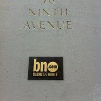 Foto tomada en Barnes & Noble por Mathieu H. el 12/17/2012