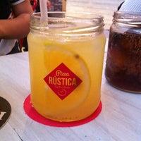 7/6/2014にRicardo C.がPizza Rusticaで撮った写真