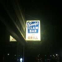 Photo taken at Sandy's Clam Bar by Will H. on 7/11/2013