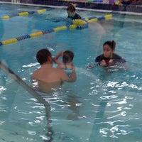 Photo prise au Seal Swim School par Jayme C. le11/18/2013