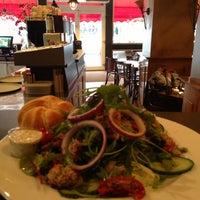1/23/2013에 Jolie Y.님이 Lunch-Café Le Provence에서 찍은 사진