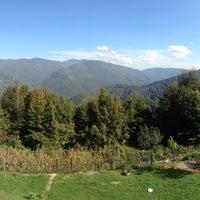 Photo taken at Zirve Et Mangal Bolu Daği by Nuray E. on 10/11/2016