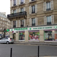 Photo taken at Pharmacie Centrale De Lyon by Minic M. on 4/15/2013