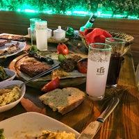 Photo prise au Filos Restaurant par Haktan A. le7/29/2018