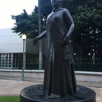 Photo taken at Queen Liliʻuokalani Statue by Huifeng G. on 12/2/2017