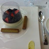 10/27/2013 tarihinde Aida M.ziyaretçi tarafından The Ritz-Carlton, Almaty'de çekilen fotoğraf
