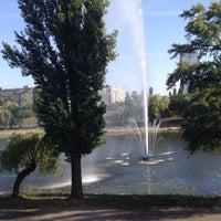 Снимок сделан в Русанівські Фонтани пользователем Андрей Т. 12/13/2017